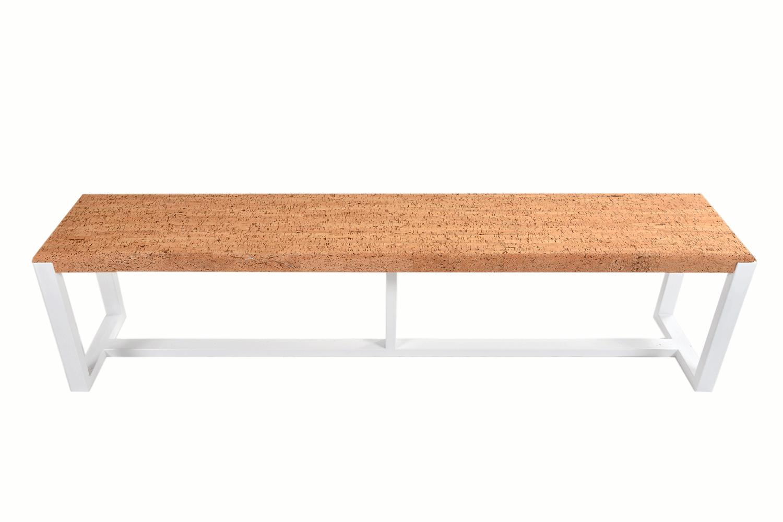 En plus de cette grande table basse design, nous avons également créé plusieurs autres articles dans le cadre du même collection Casca