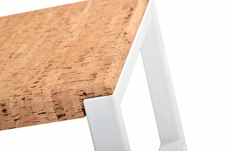 Pour créer ce banc design en métal unique, nos artisans qualifiés doivent effectuer un processus de création méticuleux.