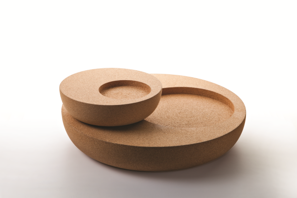 Nos bols uniques sont disponibles en trois tailles différentes: grande, moyenne ou petite. Choisissez celui qui ajoutera le détail parfait à votre intérieur spécifique.