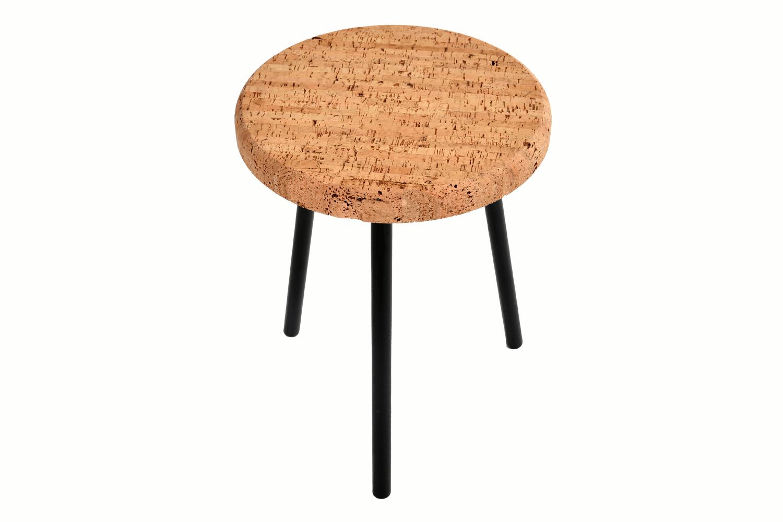 Le processus de fabrication d'une table à manger design Casca peut être mieux décrit comme une création d'un chef-d'œuvre.